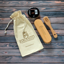 Marco Ricci mini 4-elementowy uniwersalny zestaw z pastą do butów w eko-woreczku