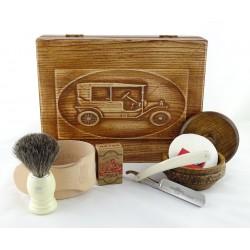 RETRO Samochód II 7-elementowy zestaw do golenia brzytwą w drewnianym pudełku, imitacja kości słoniowej